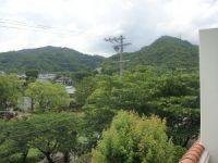実例に「芦屋川を眺める家」を追加しました。